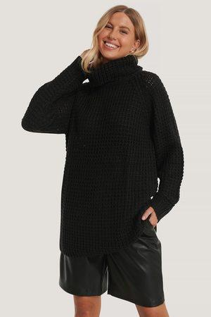 NA-KD Kvinder Strik - High Neck Pineapple Knitted Sweater