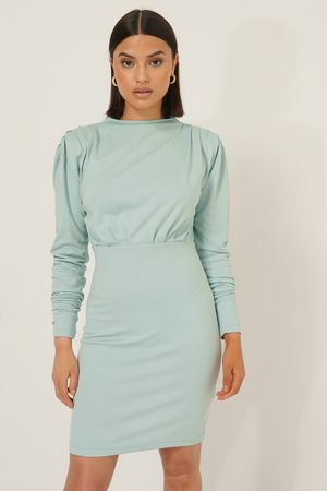 Selma Omari x NA-KD Big Shoulder Jersey Dress
