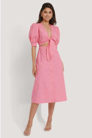 NA-KD Kvinder Kjoler - Front Twist Dress