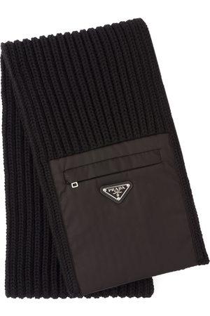 Prada Mænd Tørklæder - Zipped pocket knitted scarf