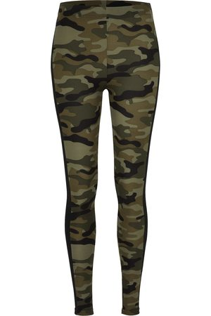 Urban Classics Curvy Leggings 'Camo Stripe