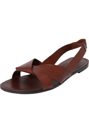 Vagabond Strap sandal