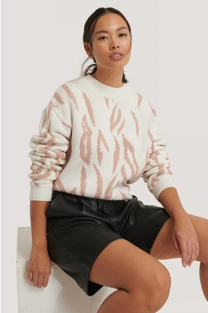 NA-KD Animal Knitted Round Neck Sweater