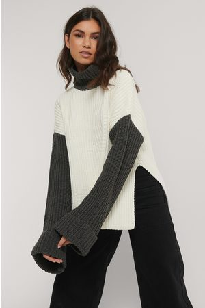 NA-KD Color Blocked Oversized Knitted Sweater
