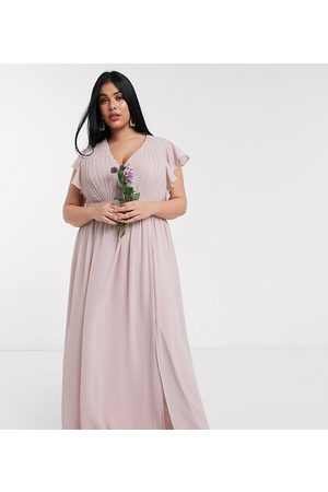 TFNC Bridesmaid - Lyserød maxikjole med plunge og flagreærmer