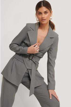 Stéphanie Durant x NA-KD Kvinder Blazere - Waist Detailed Blazer