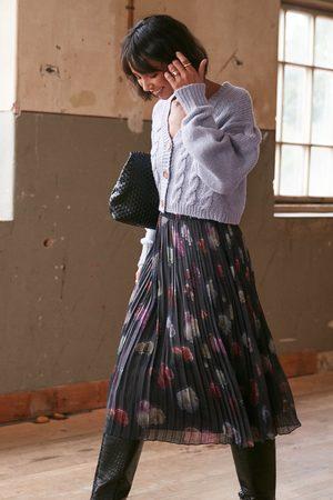 NA-KD Kvinder Mønstrede nederdele - Pleated Flower Printed Chiffon Skirt