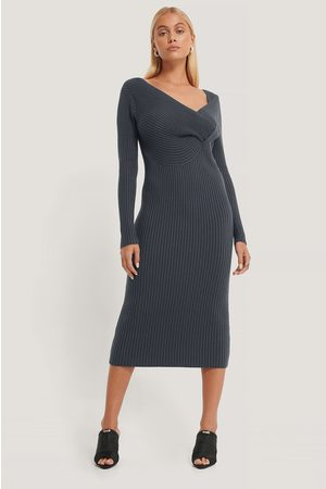 NA-KD Twisted Front Dress