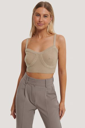 NA-KD Cup Detail Cropped Knit Top