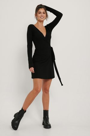 NA-KD Recycled Overlap Tie Short Dress