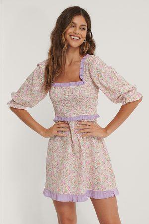 NA-KD Smock Square Neck Mini Dress