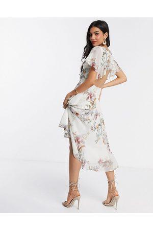 HOPE & IVY Kvinder Casual kjoler - Skaterkjole med flæser og åben ryg-Gul