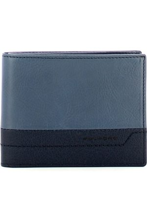 Piquadro Wallet compartments