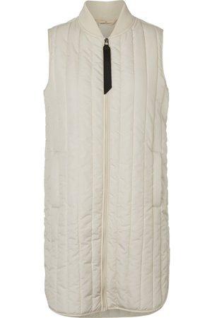 Basicapparel Louisa vest