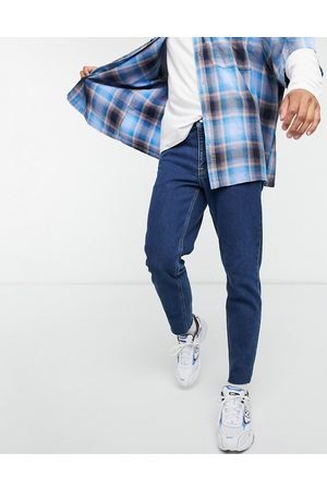 ASOS — klassiske jeans med rå kant