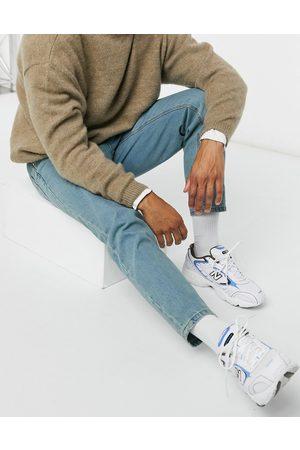 ASOS Klassiske jeans uden stræk i blåtonet light wash