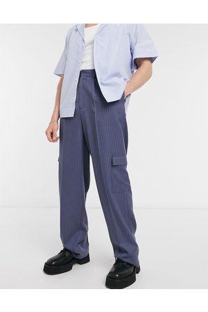 ASOS Elegante bukser med vide ben i marineblå nålestriber og med cargo-lommer