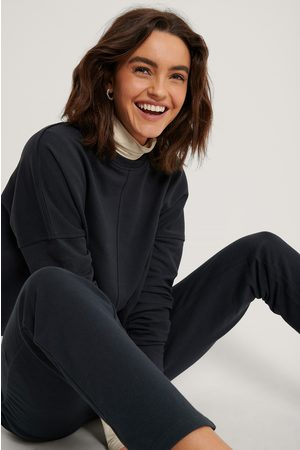 NA-KD Raw Edge Cropped Sweater