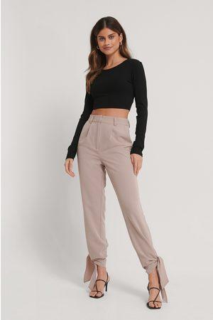 Stéphanie Durant x NA-KD Kvinder Bukser - Tie Detail Suit Pants