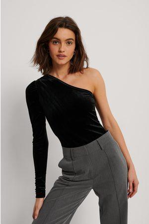 NA-KD Kvinder Toppe - One Shoulder Velvet Top