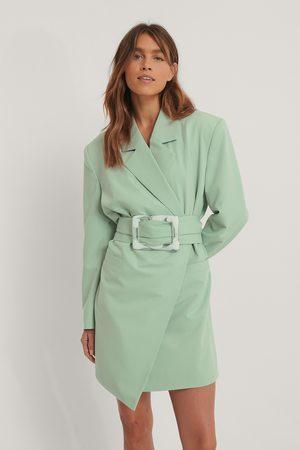 Melissa Bentsen x NA-KD Big Buckle Blazer Dress