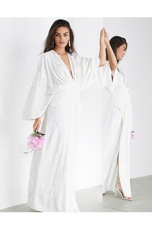 ASOS Luna - Brudekjole i broderet satin med kimonosnit