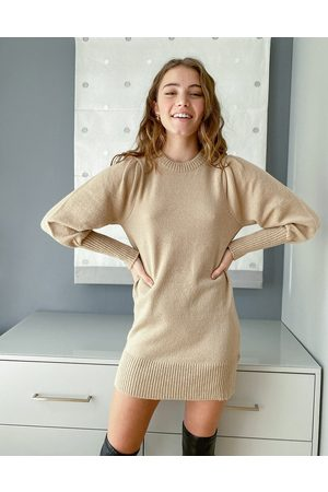 Miss Selfridge Kamelfarvet strikket minikjole med pufærmer