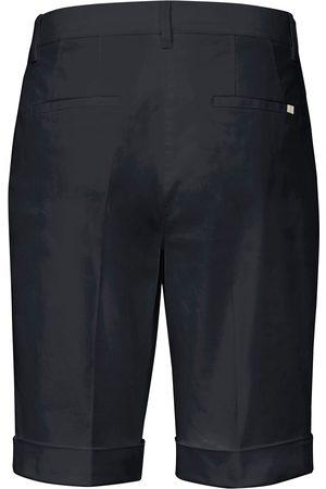 Brax Slim Fit-bermudashorts model Mia S Fra Feel Good blå