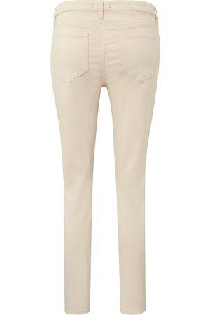 NYDJ Jeans model Alina Ankle Fra denim
