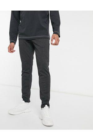 Only & Sons Elegante bukser med stretch i mørkegrå nålestriber