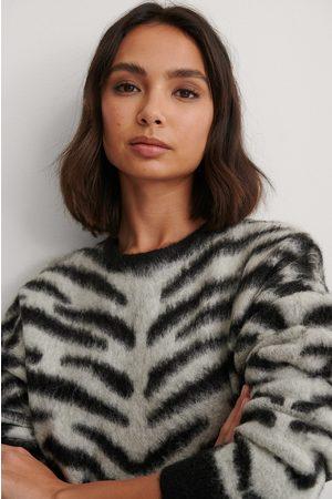 NA-KD Kvinder Strik - Brushed Zebra Knitted Sweater