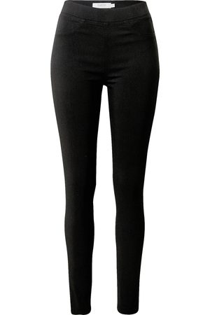 B YOUNG Jeggings