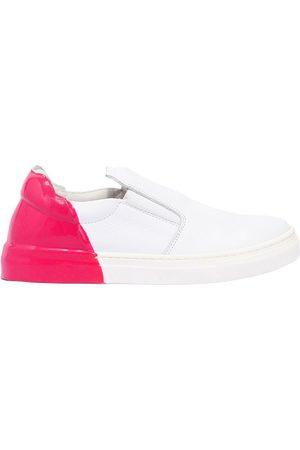 AM 66 Rubber Heel Leather Slip-on Sneakers