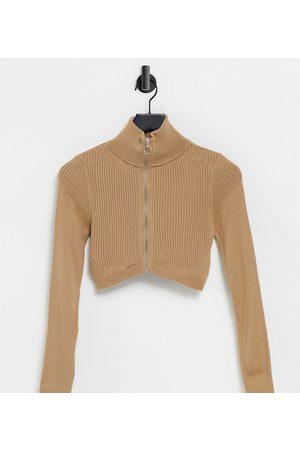 ASOS ASOS DESIGN Petite - Cropped cardigan med lynlås i kamel-Stenfarvet