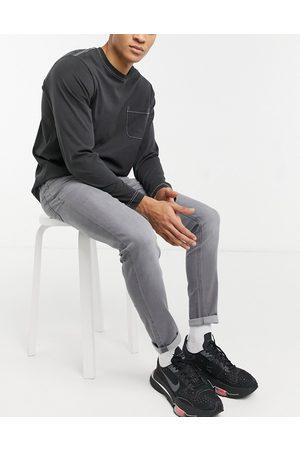 ASOS – gråvaskede skinny-jeans