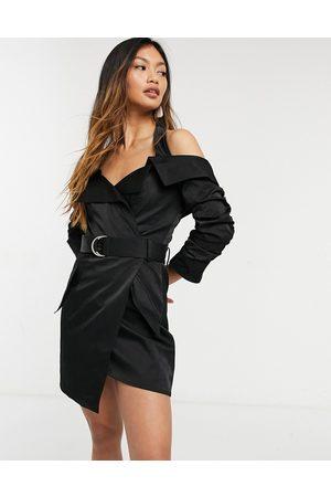 ASOS DESIGN Grå habit-kjole med halterneck i rynkede ærmer samt bælte i