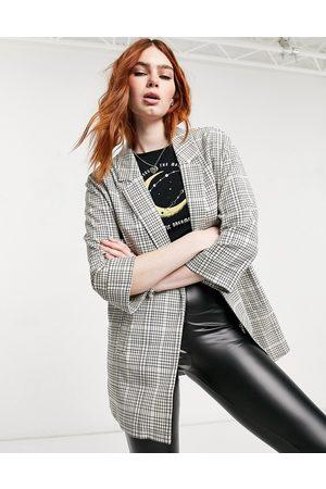 adidas Oversized blazer i ecru tern i genanvendt polyester