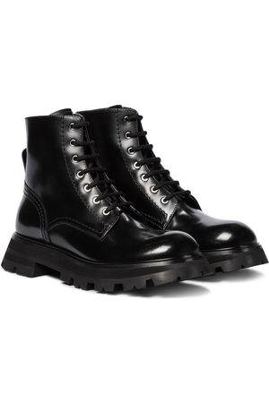 adidas Wander leather ankle boots