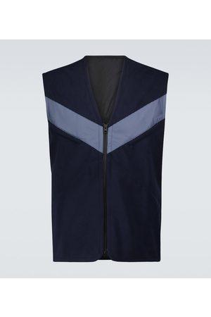GR10K Backend vest