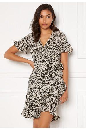 Vero Moda Kvinder Casual kjoler - Henna 2/4 Wrap Frill Dress Oatmeal/ AOP: Lizzy XL