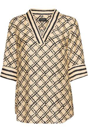 Sand 3426 - Ambar Blouse Blouses Short-sleeved