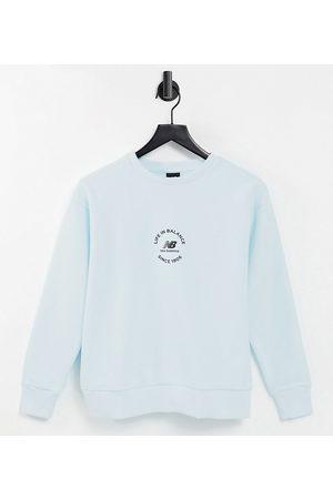 New Balance Life in Balance - Lyseblå sweatshirt - Kun hos ASOS