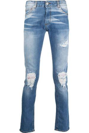 Family First Jeans med slitageeffekt og lys vask