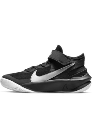Nike Team Hustle D 10 FlyEase-basketballsko til større børn