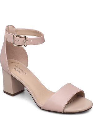 Clarks Kvinder Pumps sandaler - Deva Mae Sandal Med Hæl Beige