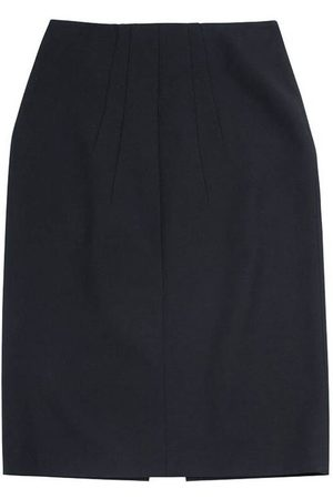 Nº21 Pencil cut skirt with front slit