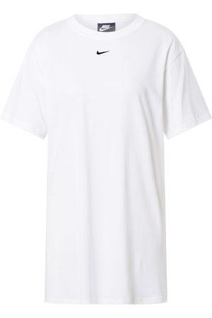 Nike Sportswear Kjole 'Essential