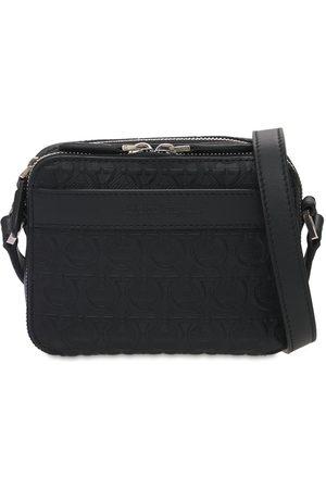 Salvatore Ferragamo Mænd Skuldertasker - Logo Embossed Leather Shoulder Bag