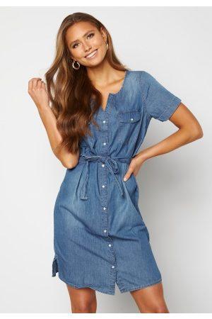Jacqueline de Yong Kvinder Casual kjoler - Saint Life S/S Button-Down Dress Medium Blue Denim 36
