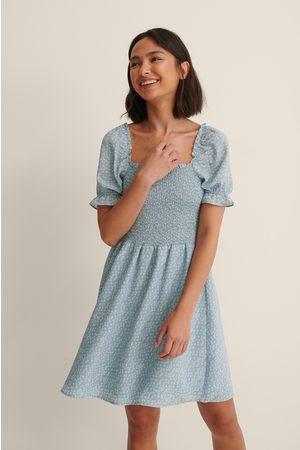 NA-KD Kvinder Mønstrede kjoler - Genanvendt Smockkjole Med Print I Genanvendt Materiale